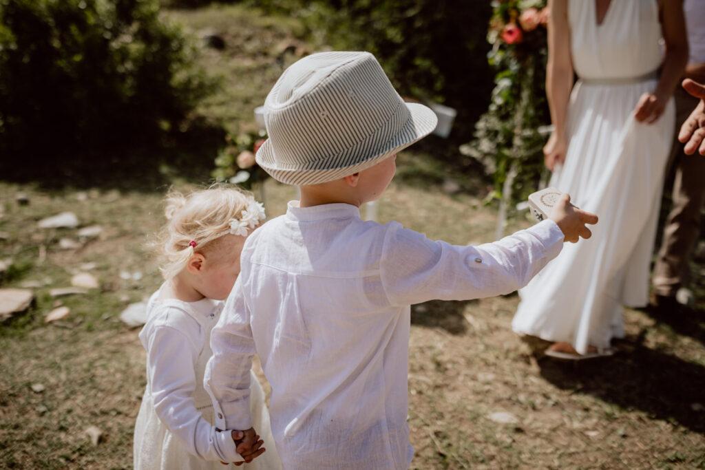 """Auch die kleinsten Gäste haben sich ganz """"Safari Casual"""" gekleidet"""